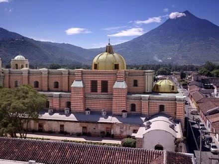 UN VIAJE EN EL TIEMPO: Reconstrucción histórico arquitectónica 3D